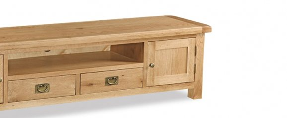 Cheltenham Oak Extra Large Low Line TV Unit