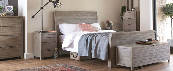 Tuscan Spring 4FT6' Double Bedstead