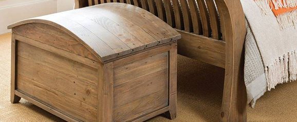 Bermuda Blanket Chest