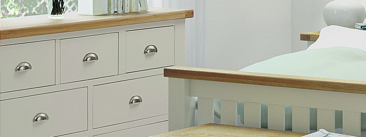 Country Cottage 3 + 4 Drawer Chest